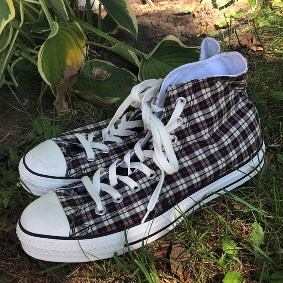 Converse Other - Plaid Converse High Tops